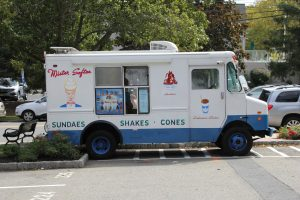 snow-cone-shave-ice-truck